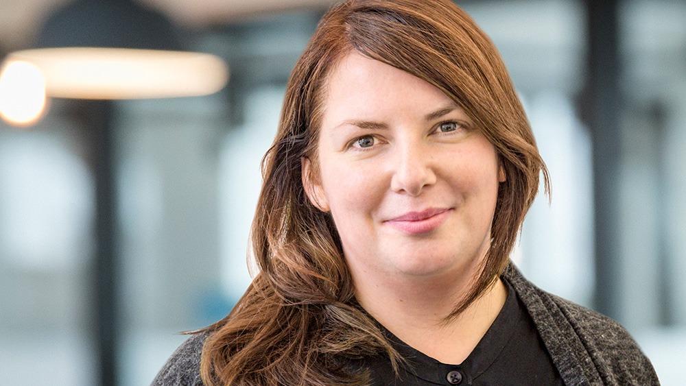 Porträt von Nadine Wolff - Teamleiterin SEO internetwarriors und Partnerin des Unternehmens fokus>p